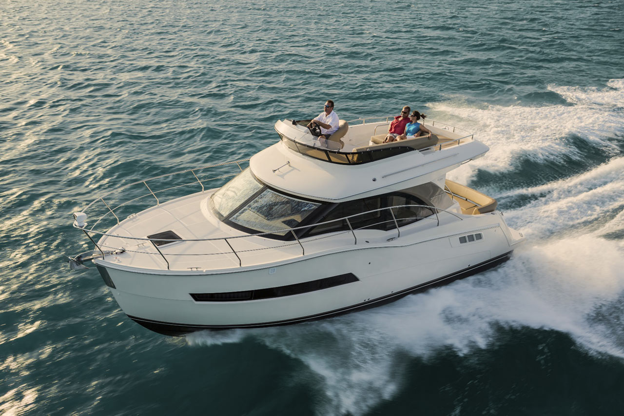 Carver Yachts C34