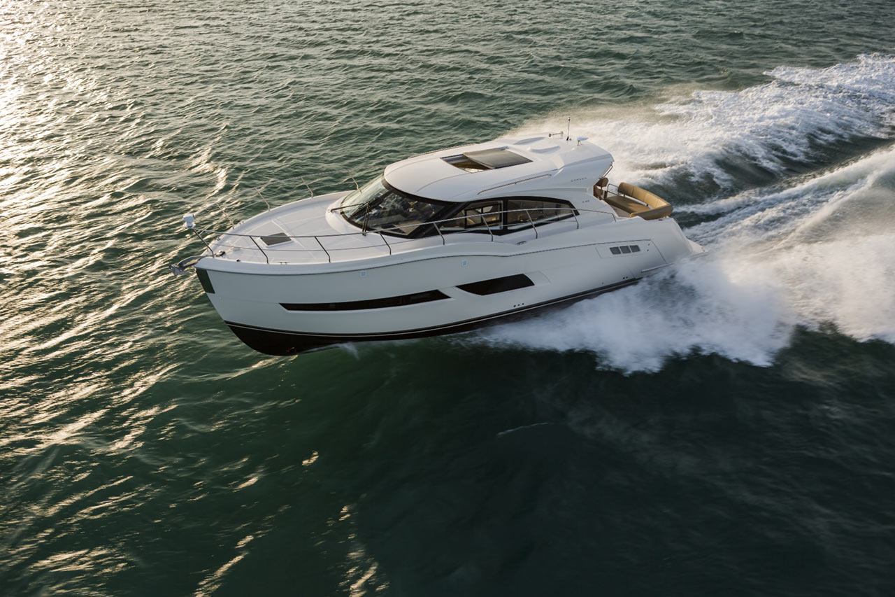 Carver Yachts C43