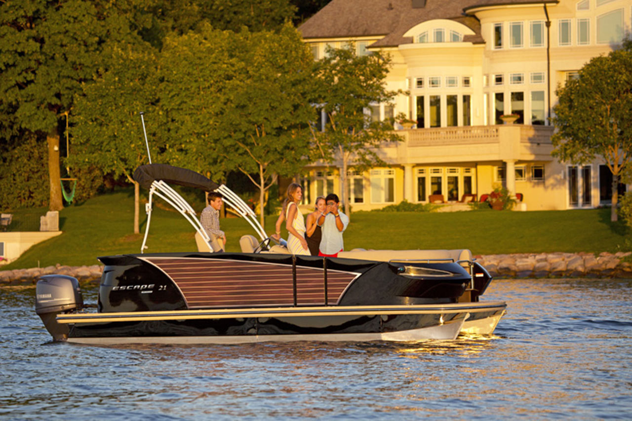 Larson Escape 21 Pontoon