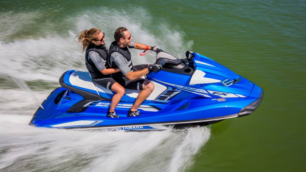 Yamaha vandscooter bluebay marine for Yamaha jet ski dealer